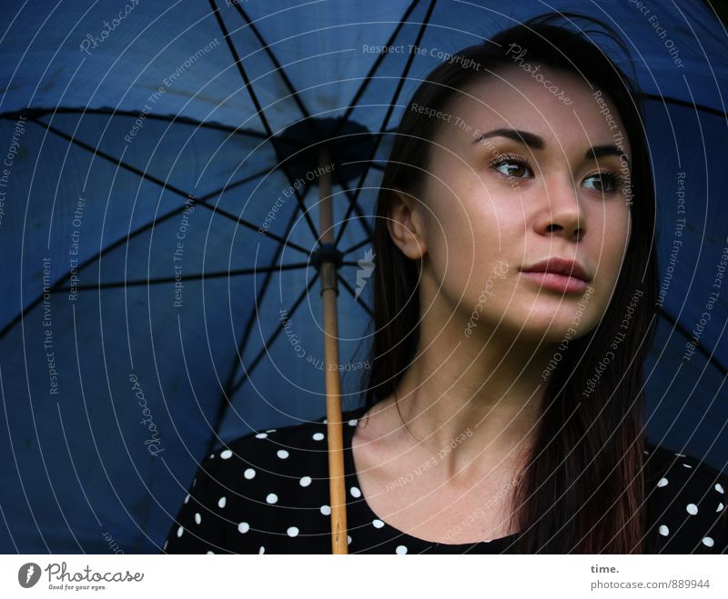 . Feminine 1 Human being 18 - 30 years Youth (Young adults) Adults Dress Brunette Long-haired Sunshade Umbrellas & Shades Observe Dream Wait Beautiful