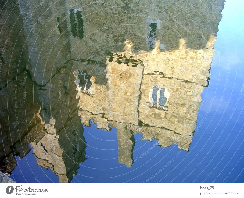 reflection Waves Wall (building) Historic castle water billow history middle ages water Wall (barrier)