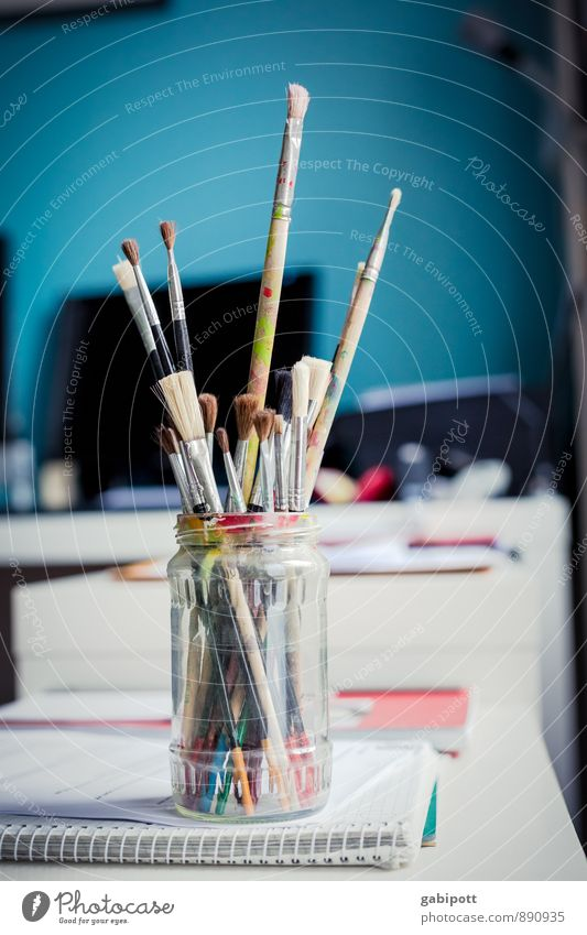 glass.brush.coloured Artist Painter Paintbrush Painting equipment Dye Play of colours Draw Free Friendliness Happiness Uniqueness Natural Positive Blue