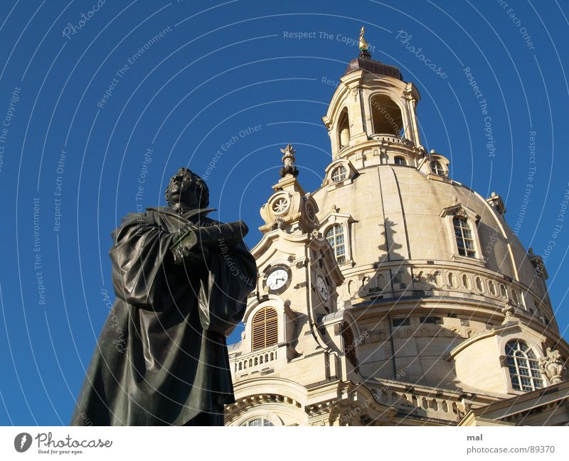 luther and frauenkirche Statue Sculpture Martin Luther Orientation Protestantism Bible House of worship Religion and faith Sandstone Sky blue Blue War
