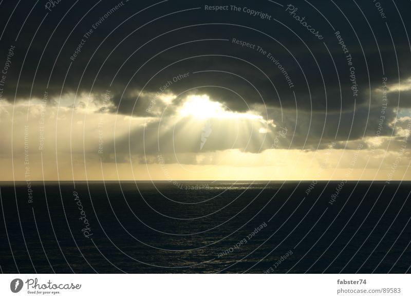 Sky Sun Ocean Clouds Electricity Visual spectacle Beam of light Great Ocean Road