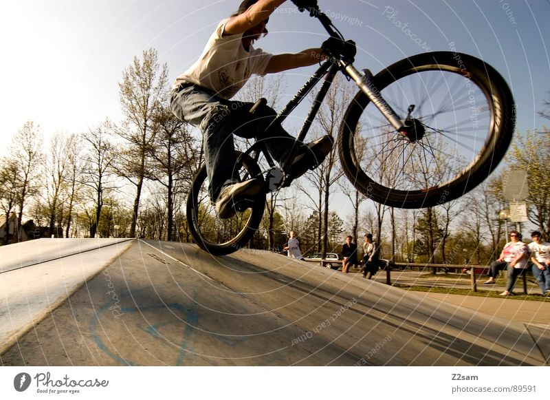 bike_manual II Jump Driving Bicycle Mountain bike Action Sports Style Youth (Young adults) Physics Summer Tree Sports ground Park Amusement Park Ride a unicycle