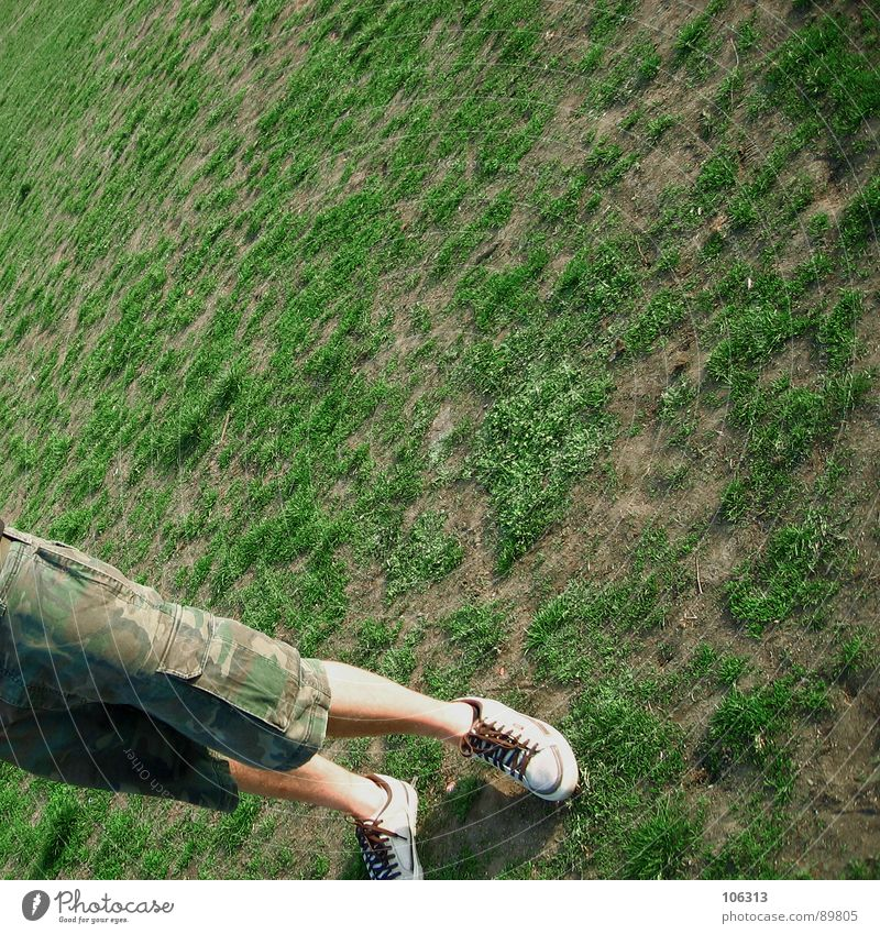SlIP [bottom®] Pants Camouflage Footwear Calf Meadow Green Park Man Field Alaunpark Dresden Neustadt Organic Brown Beige Summer Physics Tuft of grass Steppe