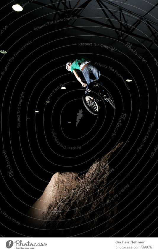 Sports Jump Playing Bicycle Dirty Flying Escape BMX bike Stunt