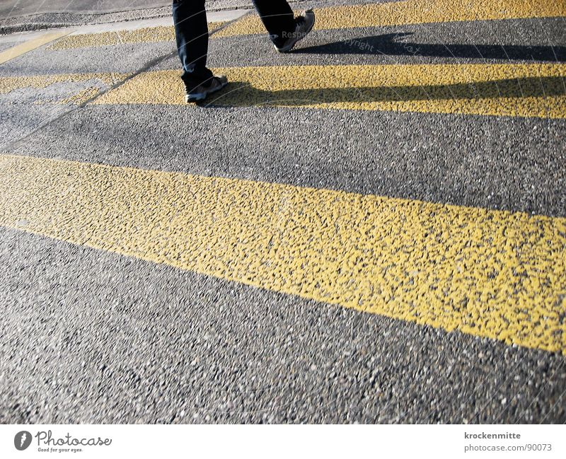 traverser la route Zebra crossing Pedestrian Footwear Yellow Asphalt Transport Town Going Traverse Concreted Tar Stripe Street sign Shadow pedestrian crossing