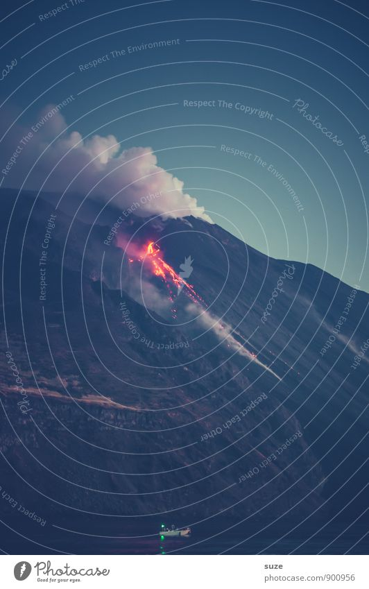 stromboli Adventure Sightseeing Expedition Ocean Mountain Environment Nature Elements Fire Peak Volcano Smoke Exceptional Dark Fantastic Gigantic Hot Tall Italy