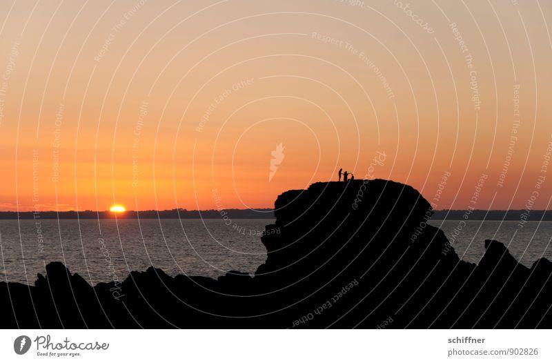 Sunbeam Kingfisher Human being 3 Group Sky Cloudless sky Horizon Sunrise Sunset Beautiful weather Rock Waves Coast Bay Ocean Gigantic Yellow Orange Red Black