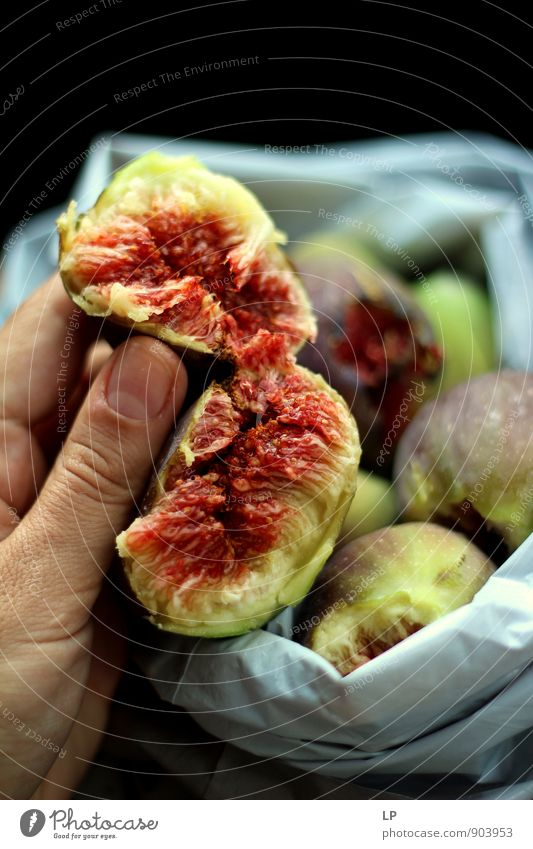 a fig in two halves Beautiful Green Joy Life Emotions Eating Food Pink Fruit Idyll Esthetic Simple Joie de vivre (Vitality) Pure Contact Delicious