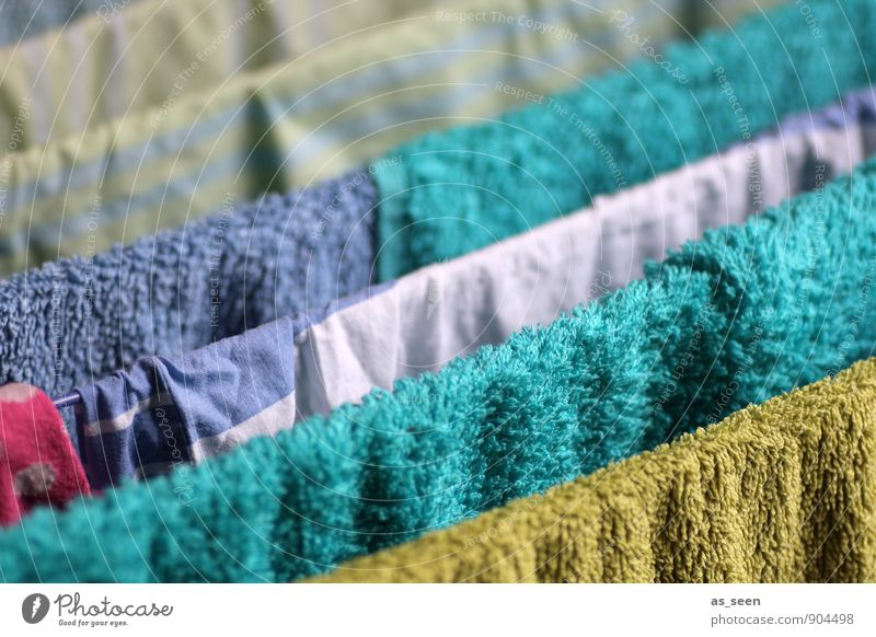 slope up Personal hygiene Living or residing Flat (apartment) Housekeeping Clothesline Cotheshorse Towel Bedclothes Mother's Day Washing Dry Hang Simple Fresh