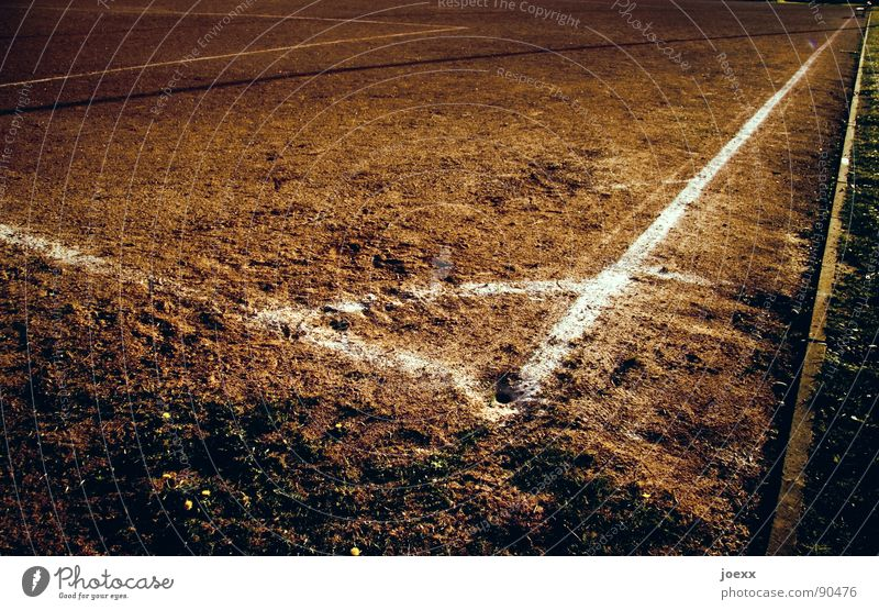 90 ° Corner Brown Burrow Field Football pitch Hard court Places Edge Sand place Dirty Playing Sporting grounds Dust Dusty Stripe Dry Drought Desert Sports
