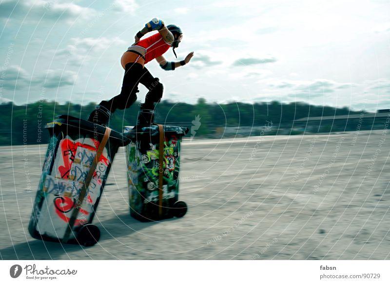 Man Joy Summer Sports Playing Freedom Graffiti Movement Sand Funny Leisure and hobbies Power Running Speed Crazy Creativity