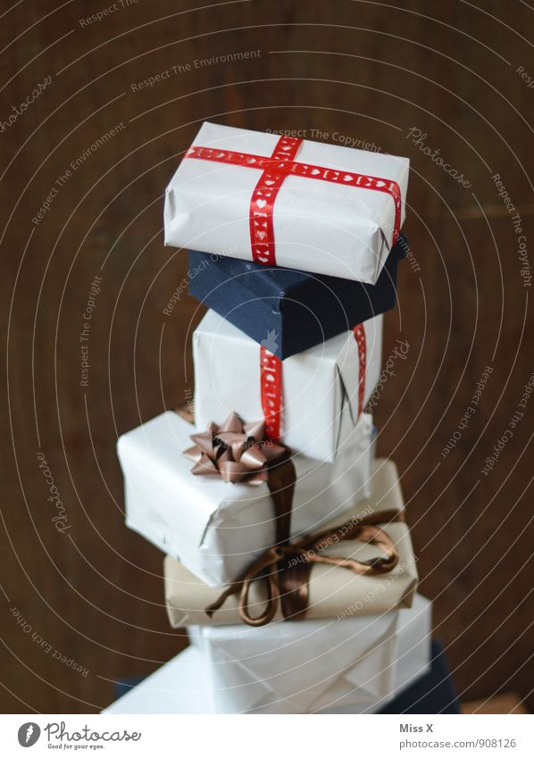 Christmas & Advent Feasts & Celebrations Moody Birthday Gift Many Luxury Anticipation Packaging Stack Bow Donate Package Delivery Christmas gift