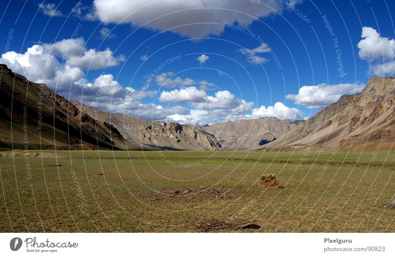 Clouds Meadow Grass Mountain Hiking Horizon India North Nepal Himalayas Jammu, Ladakh, Kashmir