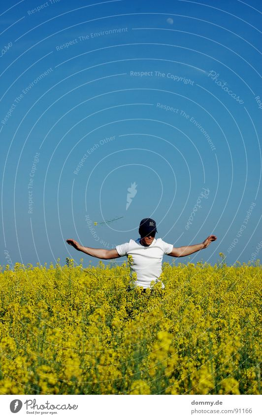 Man Summer Flower Joy Clouds Yellow Playing Jump Funny Field Leisure and hobbies Mouth Arm Skin Flying Nose