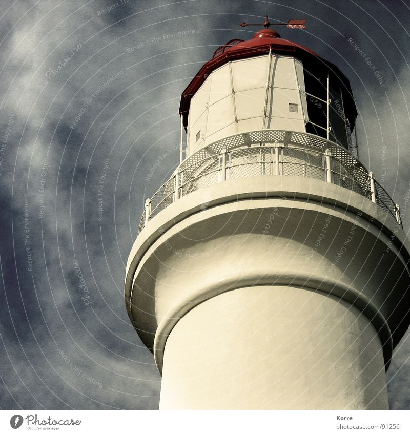 Sky Ocean Clouds Far-off places Freedom Coast Wind Tall Round Romance Level Vantage point Tower Monument Navigation Landmark
