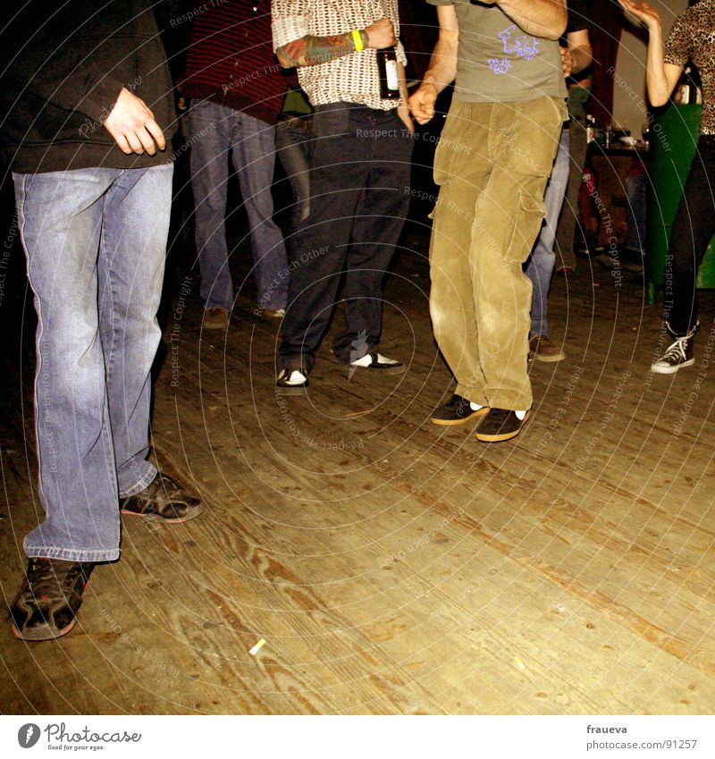dance dance baby Party Wood Quaint Concert Style Man Good mood Moody Interior shot Pants Footwear Brown Beer Hand Stand Action Wood flour Joy Club Music Dance