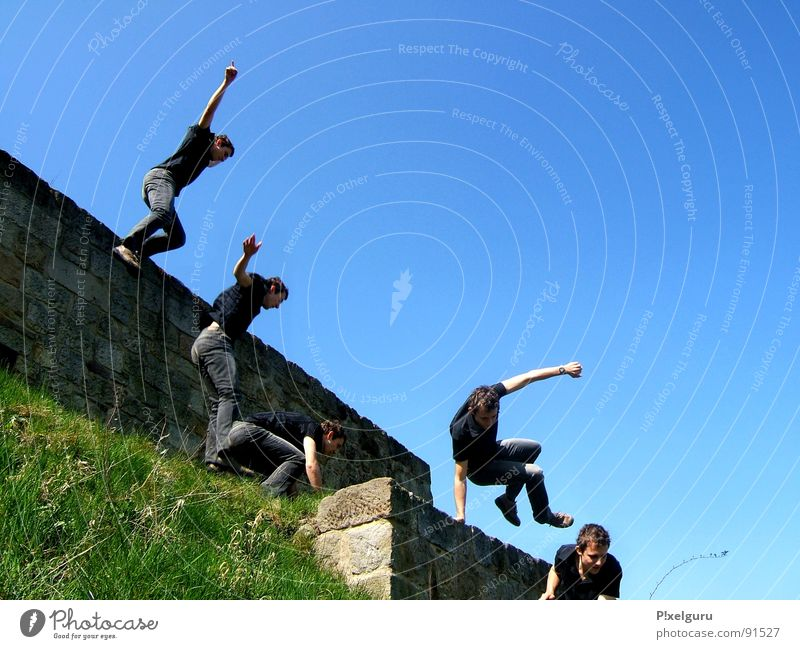 Parcour on a meadow Parkour Jump Wall (barrier) Meadow Sports Playing run Joy nothing to do Jump 'n' Run Blue Sky from the wall to the meadow Lawn