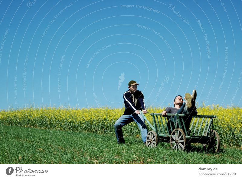 --------------->HIN and Man Fellow Comfortable Relaxation Easygoing Flexible Leisure and hobbies Time Summer Physics Hot Yellow Green Canola Carriage Trolley