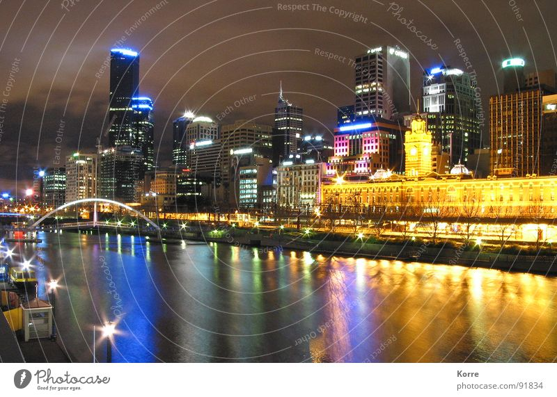 Water City Yellow Lighting Architecture High-rise Modern Cool (slang) River Middle Luxury Skyline Downtown Australia Night shot