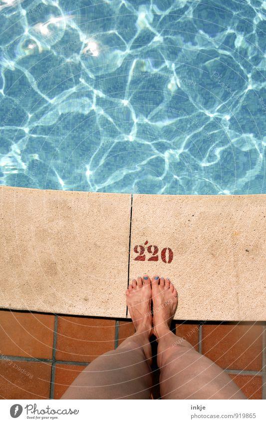 feel-good oasis Lifestyle Luxury Nail polish Wellness Spa Swimming & Bathing Vacation & Travel Tourism Summer Summer vacation Sun Woman Adults Woman's leg