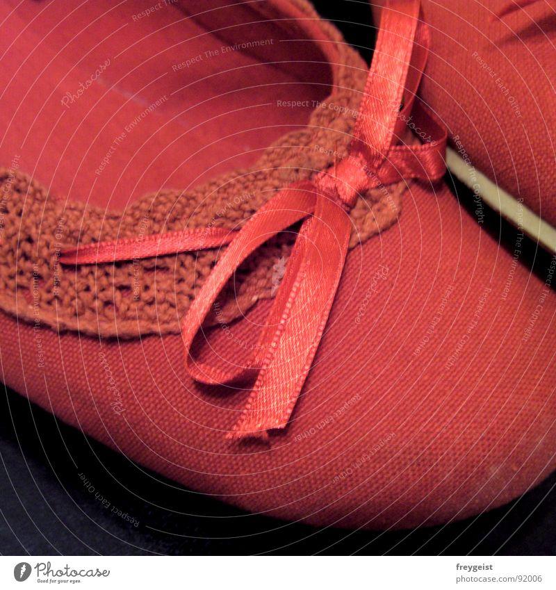 Red Black Style Fashion Footwear Modern Clothing High heels Ballerina Shuffle