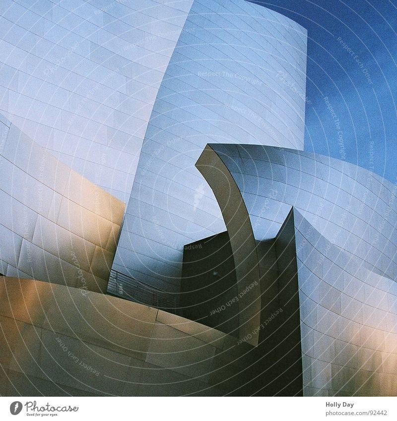 Perspective Modern Mirror Concert Steel Warehouse Blue sky Los Angeles