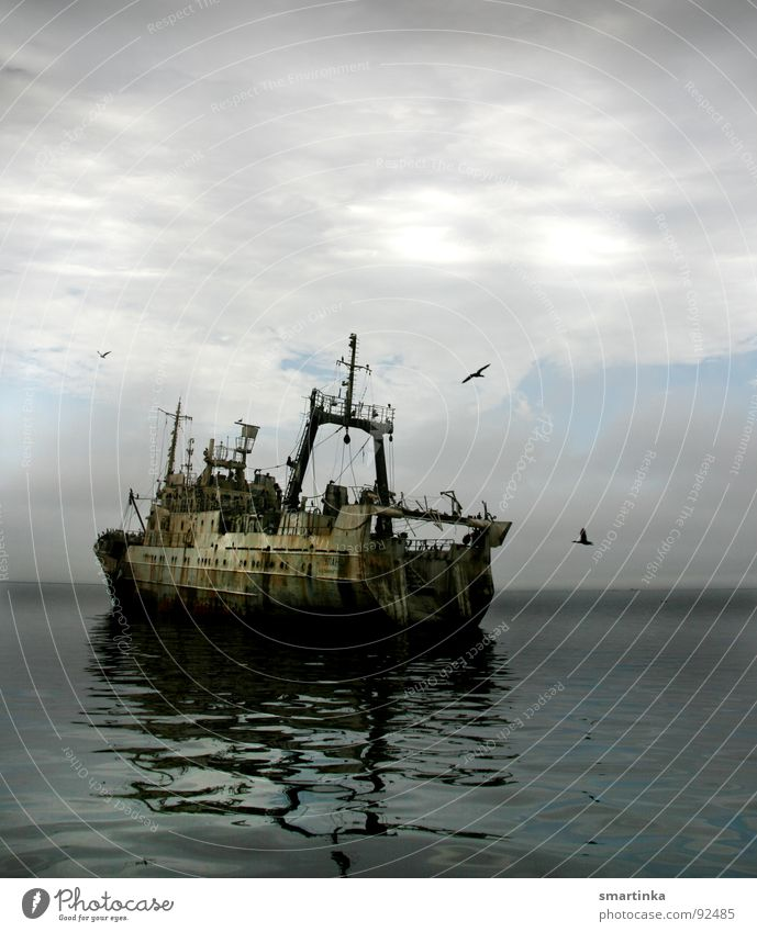 Ocean Watercraft Derelict Decline Shabby Fisherman Industrial Fishery Wreck Apocalyptic sentiment Trawler Fishing quota Trawl netting Overfishing