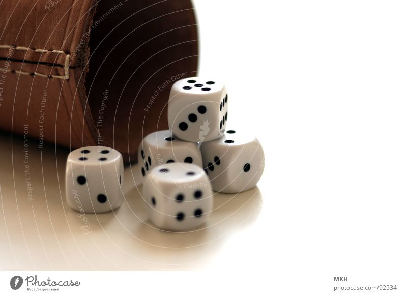 White Joy Black Playing Happy Small Brown 2 Dice 3 Digits and numbers 4 Point 5 Square Leather