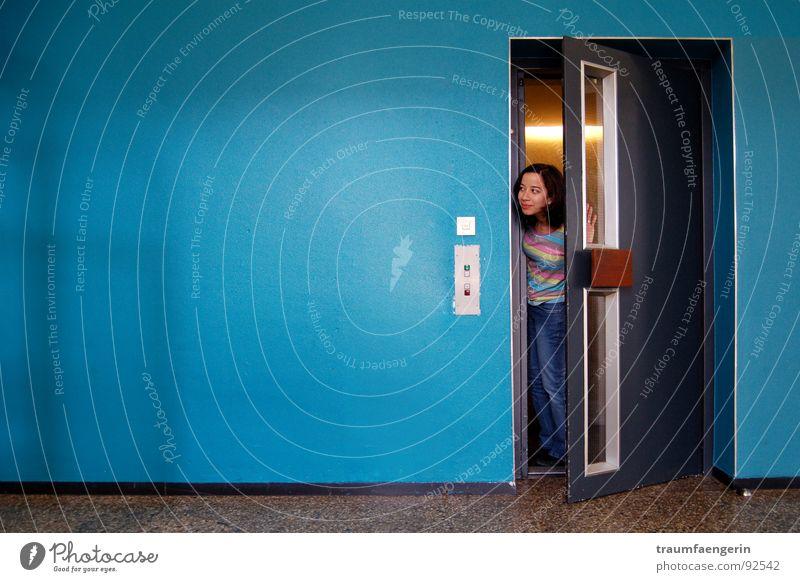 Girl Wall (building) Door Jeans Living or residing Curiosity Story Turquoise Elevator Child Come Neighbor Undo Between Slightly open door Intermediate station