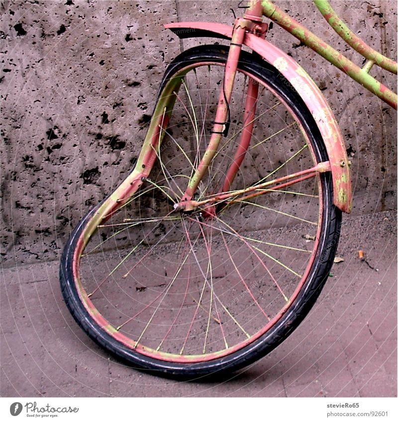 Old Bicycle Pink Traffic infrastructure Amsterdam Scrap metal Spokes Bruised
