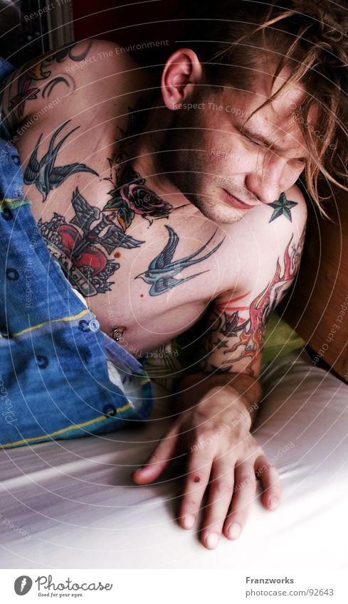 Man Bed Fatigue Tattoo Blanket Guy Feeble Alert Wake up Arise Air mattress Oversleep Ruffled Morning grouchiness