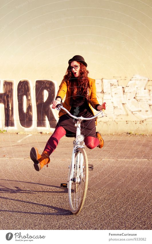 Bicycle fun_07 Style Feminine Young woman Youth (Young adults) Woman Adults 1 Human being 18 - 30 years Esthetic Contentment Movement Joy