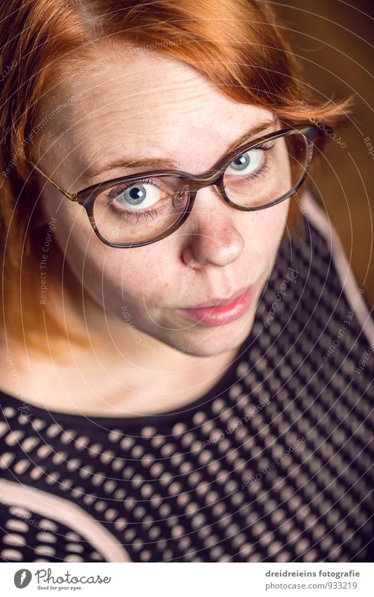 She looks up. Feminine Young woman Youth (Young adults) Woman Adults Red-haired Long-haired Part Looking Wait Uniqueness Natural Nerdy Eyeglasses