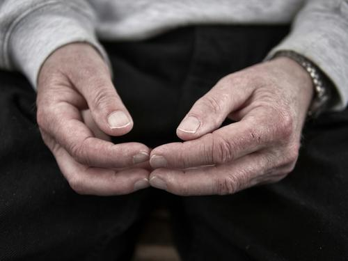 there's a lot to do Hand 60 years and older Senior citizen Sign Communicate Boredom Loneliness Inhibition Indifferent Comfortable Fingers Wrinkles Wristwatch