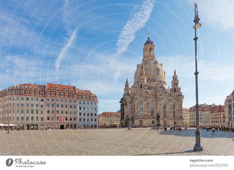 streetlamp Lantern Street lighting Dresden Frauenkirche Saxony Marketplace Religion and faith Church Dome Sun Sunbeam Vacation & Travel Travel photography