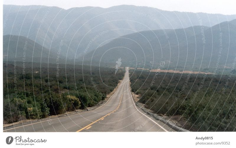 Street Mountain Horizon USA Andalucia Valley California Sierra Nevada