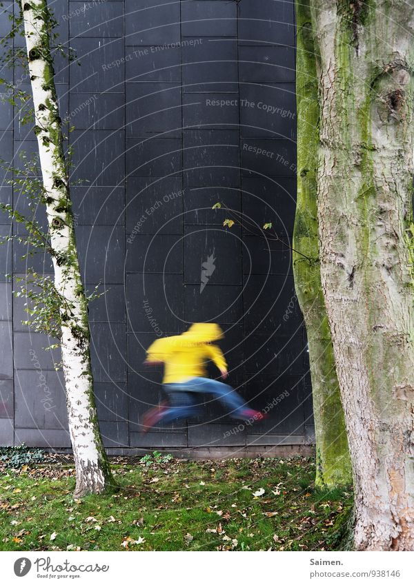 möchtegernflash Human being Masculine Man Adults Body 1 18 - 30 years Youth (Young adults) Nature Tree Meadow Wall (barrier) Wall (building) Facade Movement