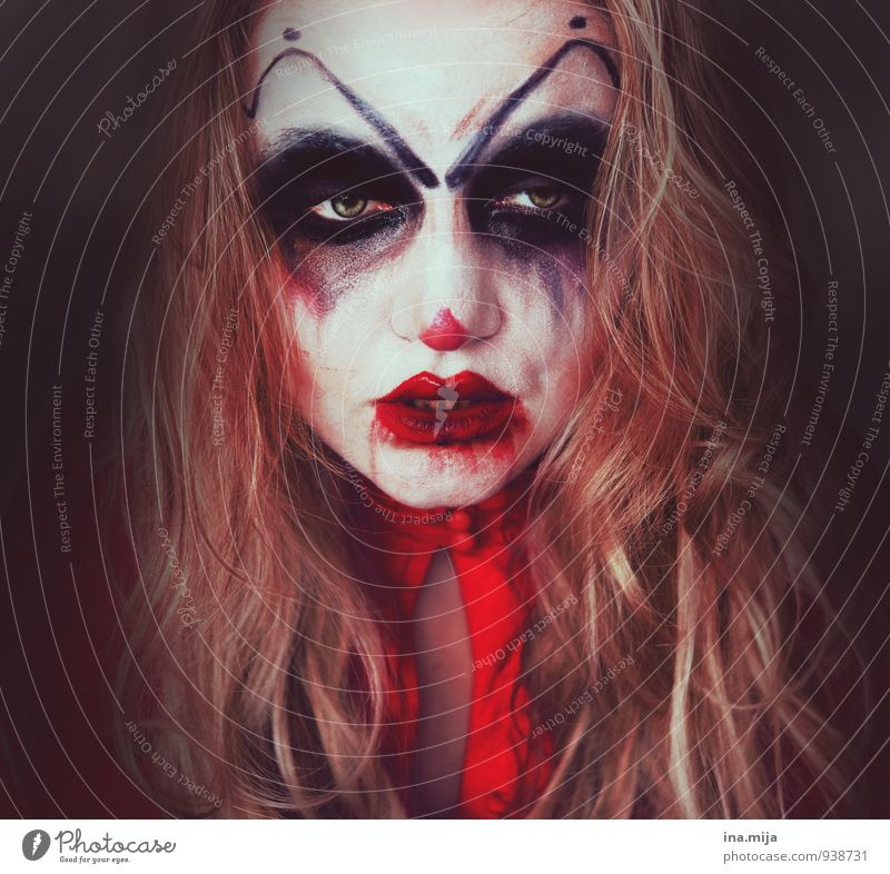horrendous Feasts & Celebrations Carnival Hallowe'en Human being Feminine 1 Voracious Lack of inhibition Egotistical Anger Aggravation Grouchy Animosity