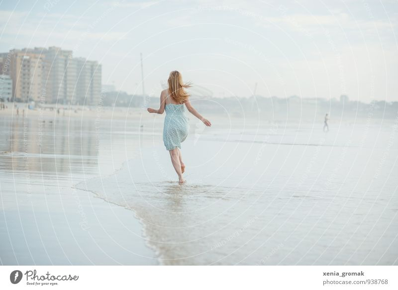 Human being Vacation & Travel Youth (Young adults) Summer Sun Young woman Relaxation Ocean Joy Beach Far-off places Warmth Life Happy Freedom Dream