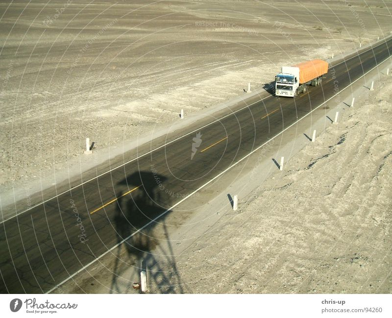 Panamericana Peru Pan-American Highway Dessert Truck Long-haul truck driver Loneliness Watch tower Lookout tower Bird's-eye view Geoglyph Paracas