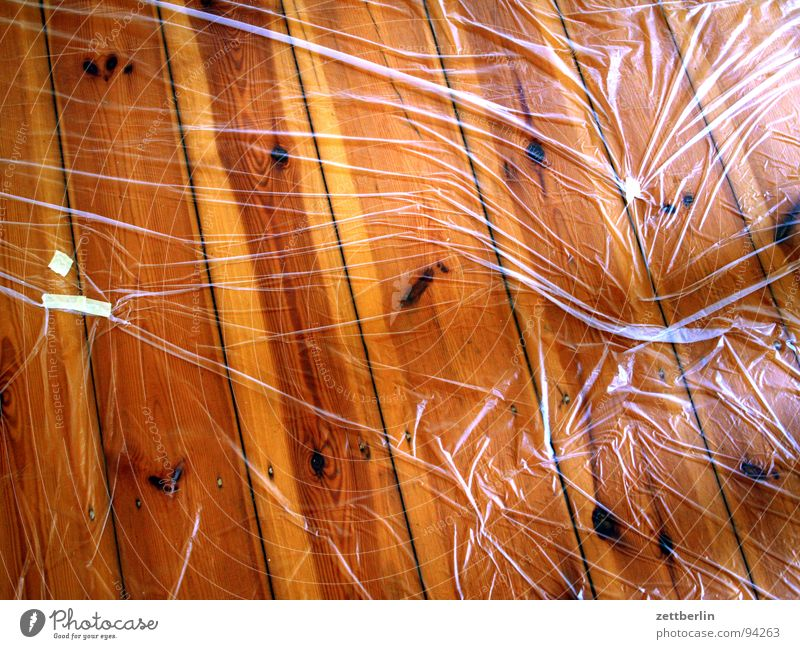Colour Wood Drops of water Decoration Living or residing Cleaning Services Moving (to change residence) Redecorate Paintbrush Adhesive Wooden floor Covers (Construction) Detached house House building Unidentified