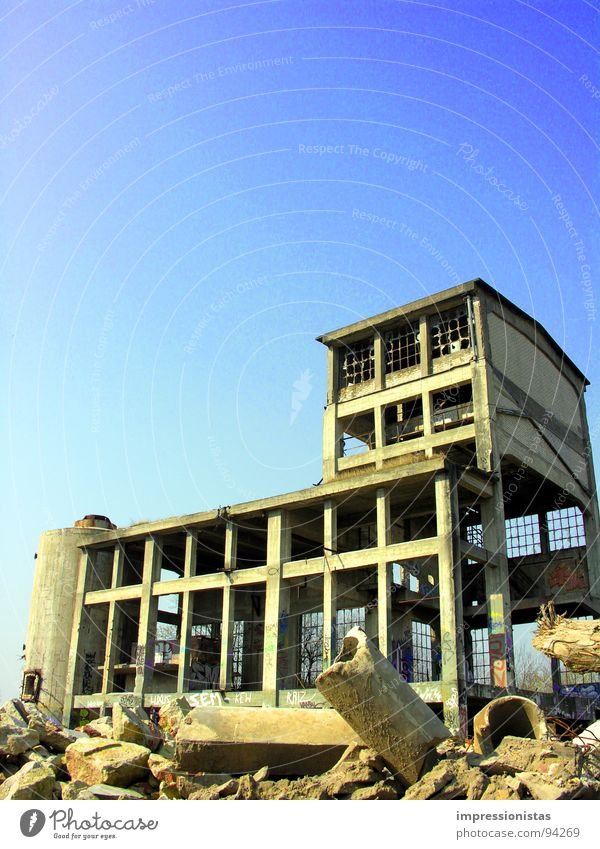 Room free Ruin Itzehoe Building rubble Gravel Trash Industry Derelict concrete plant Stone Loneliness Shabby