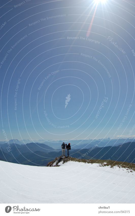 Human being Man Sky Sun Blue Joy Sports Snow Playing Mountain Friendship Hiking Corner Break Vantage point
