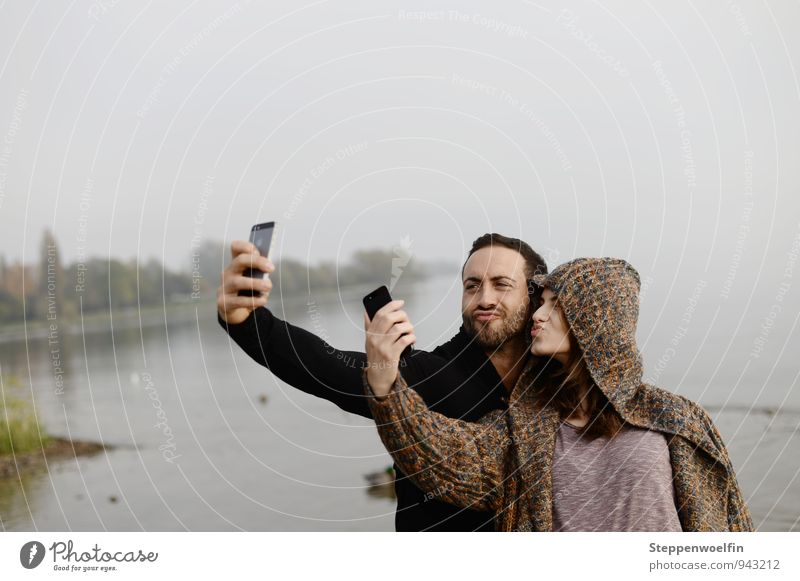 Selfie in a double pack Human being Masculine Young woman Youth (Young adults) Young man Woman Adults Man Friendship Couple Partner 2 18 - 30 years
