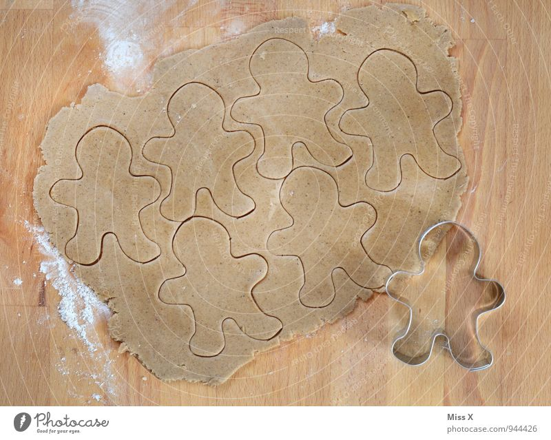Man Food Leisure and hobbies Nutrition Cooking & Baking Sweet Delicious Baked goods Dough Raw Cookie Flour Christmas biscuit Gingerbread Baking tin cookie cutter