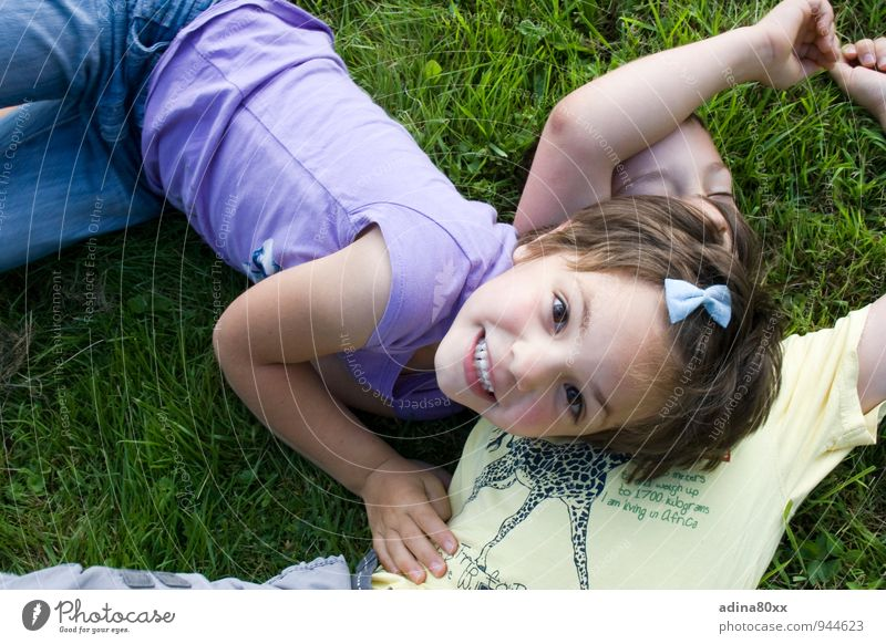 Child Vacation & Travel Girl Joy Movement Emotions Happy Freedom Garden Friendship Leisure and hobbies Contentment Infancy Joie de vivre (Vitality) Adventure