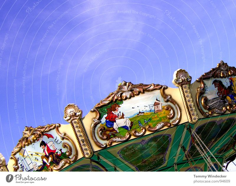 nostalgia Theme-park rides Fairs & Carnivals Multicoloured Clouds Summer Childlike Movement Rotate Round Vacation & Travel Leisure and hobbies Amusement Park