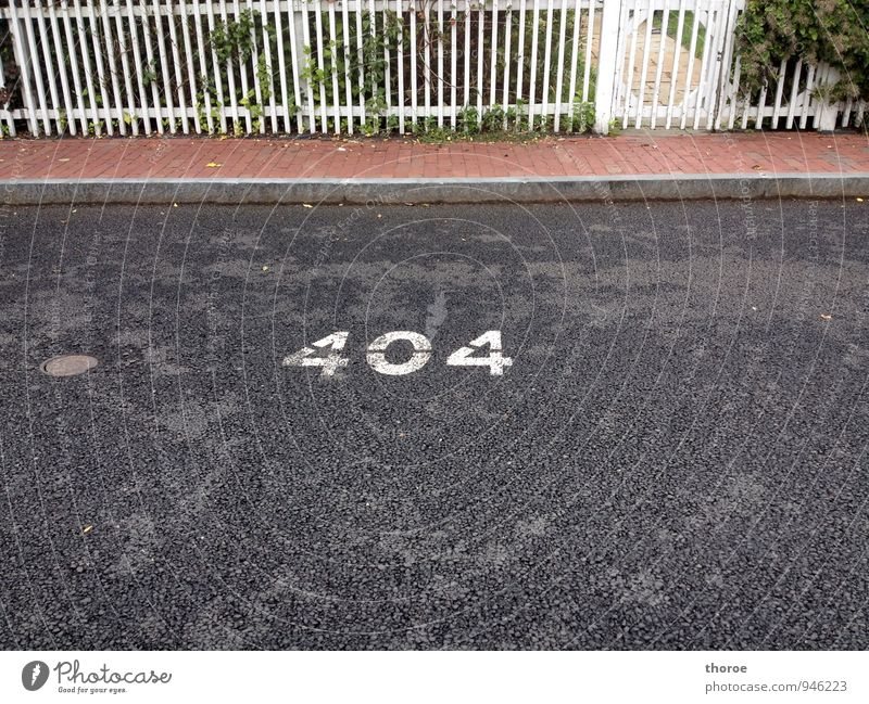 404 - not found Internet Village Small Town Motoring Street Digits and numbers Mobility Logistics Environment Fence Sidewalk Asphalt Parking lot