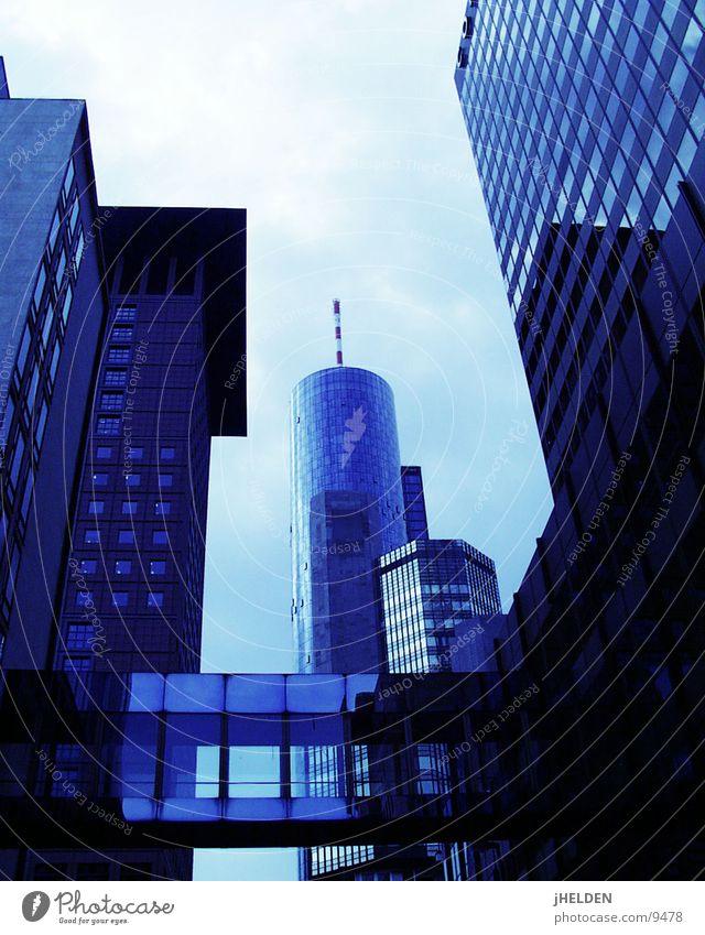 Sky Blue City Style Glass Concrete High-rise Bridge Tower Middle Steel Frankfurt Antenna Financial Industry Shopping malls