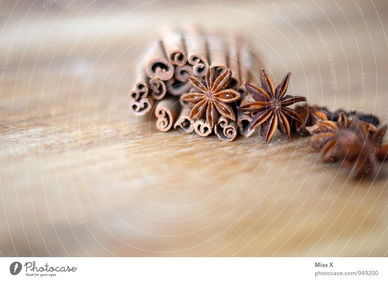 Cinnamon and star anise Food Herbs and spices Fragrance Dry Multicoloured Ingredients Star aniseed Christmas decoration Tree bark cinnamon bark Spiral